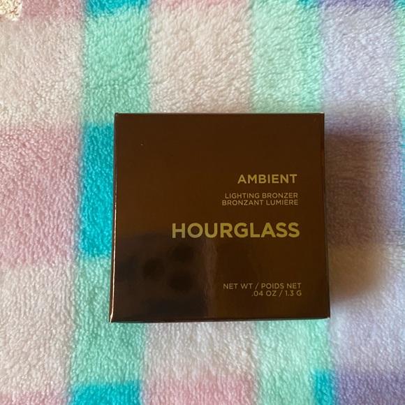 Hourglass bronzer mini diffused bronze light